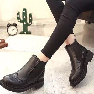Shoes - Black Chelsea Boot